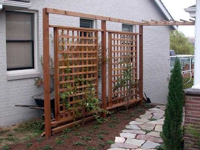 Image gallery wood trellis for Wooden garden trellis designs